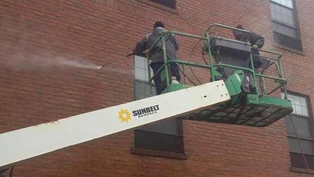 Commercial Pressure Washing Services in Maryland